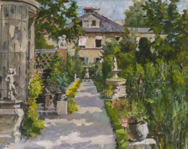 Sommerlicher Garten einer Villa